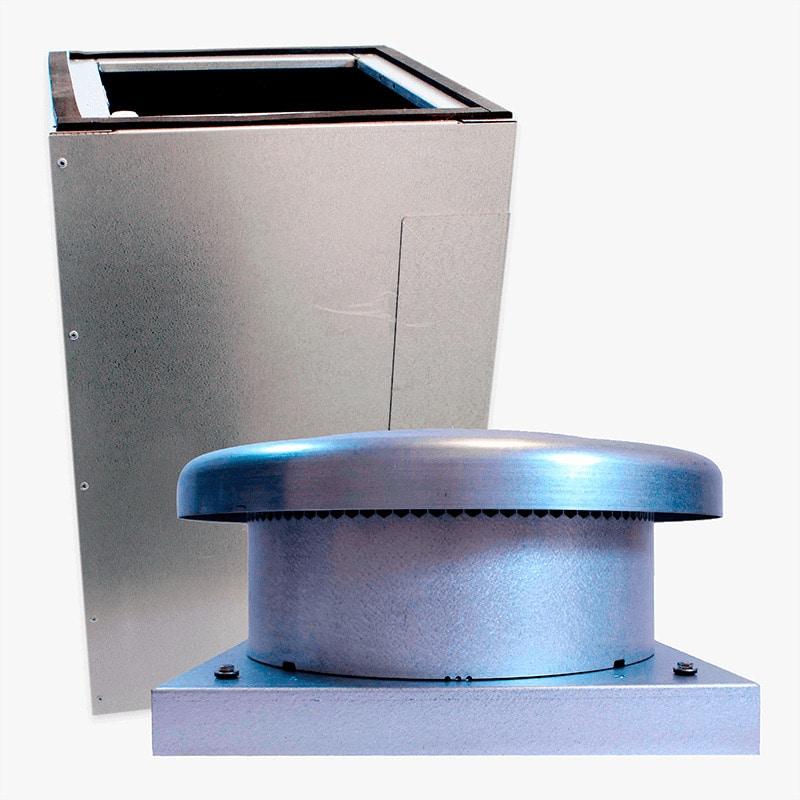 Produktbild på paket med takgenomföring och takmotorn FK ECo Flow i galvaniserat utförande.